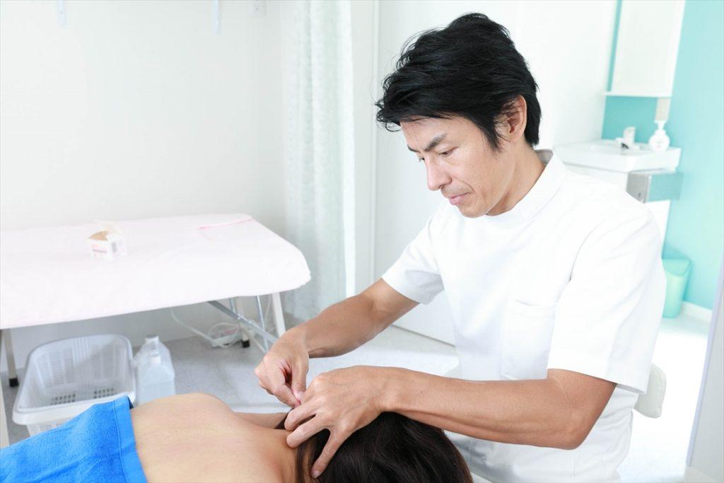 すずき鍼灸接骨院鍼灸施術風景